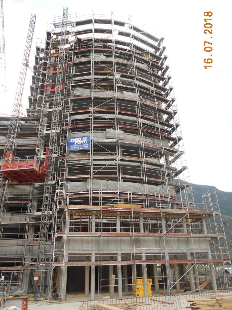 3 Sistema di montacarichi per cantieri BZ e1562140217422 - Sistema di montacarichi per cantieri