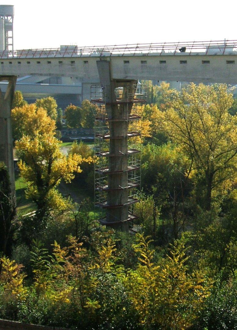 3 ponteggio per piloni e viadotti 1 - Ponteggio per piloni e viadotti