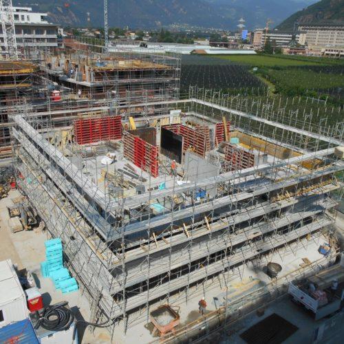 4 Ponteggi per costruzione a piani Bz 1 500x500 - Referenzen