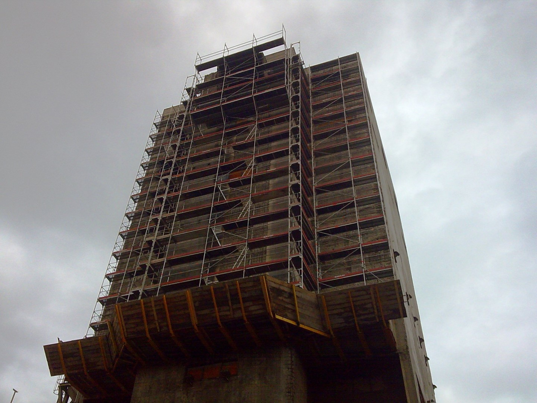 6 Ponteggio per centrale ILVA Taranto - Gerüste für die Industrie